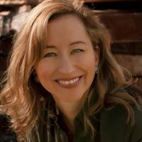 Eileen Díaz McConnell